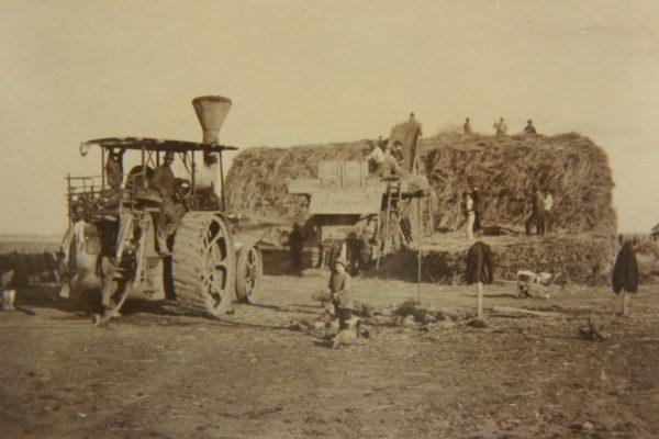 PP Threshing machine at Prairie ca 1917 East Loddon Historical Soc